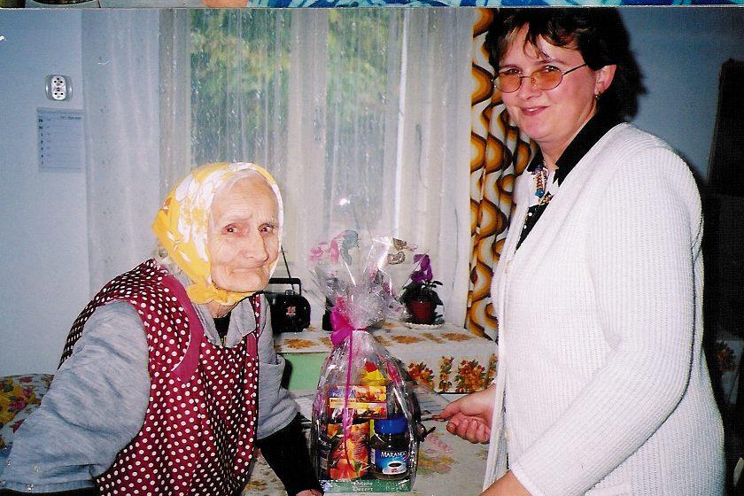 Významná výročí Svobodová Libuše - Olešná, 6.10.2003 - 88 let.jpg