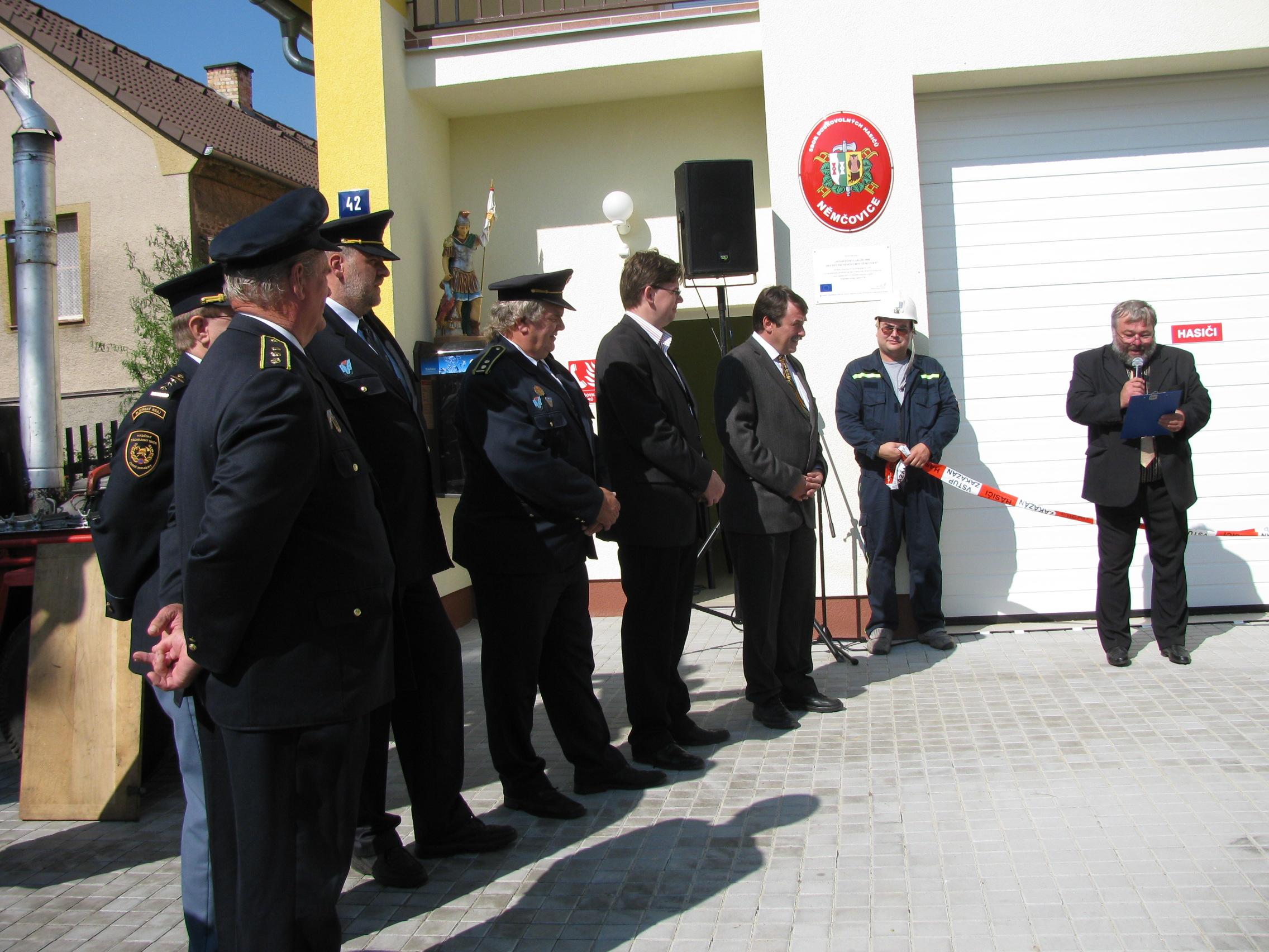 slavnostní otevření hasičárny 091.JPG