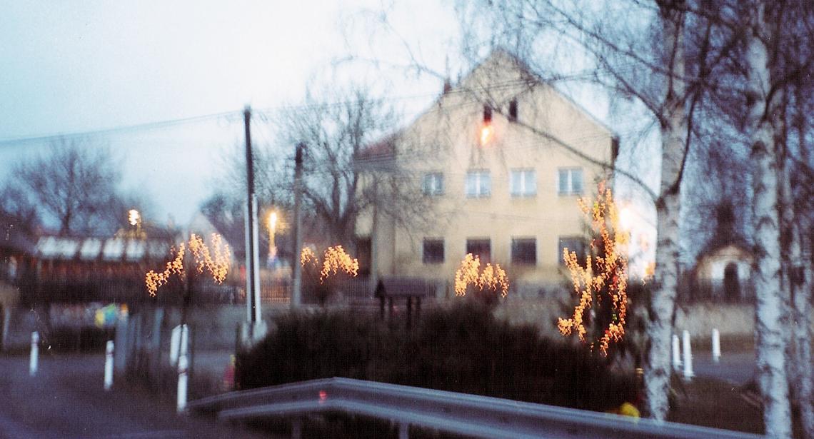 Osvícená náves 2003 - 2.jpg