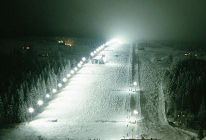 Zimní-hory-sjezdovka-Javor-noční-lyžování-1.jpg